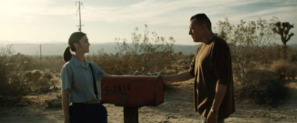 christina lind and tom sizemore in Calico Skies